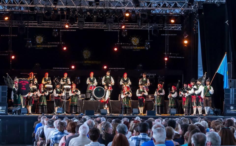 Banda Gaites Camín de Fierro - En Lorient